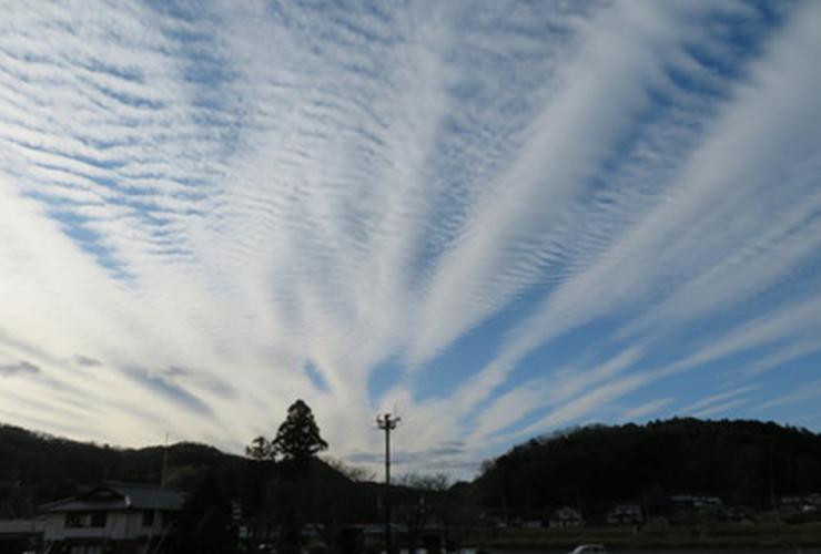 冬にしては珍しい雲